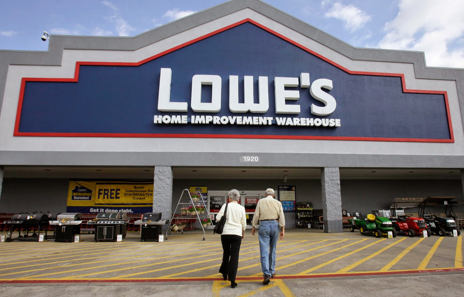 lowe s listens to its omnichannel shoppers retail news ris news