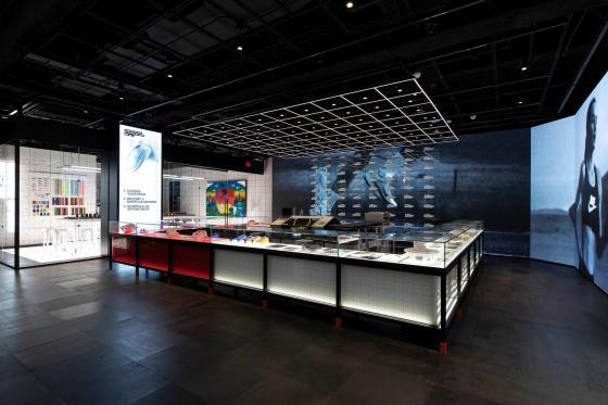Bloquear italiano Brote  Sneak Peek: Nike's Retail Store of the Future   RIS News