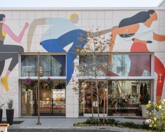 cuerno izquierda espontáneo  First Look: Nike Expands Its Data Concept Store Beyond Pilot   RIS News