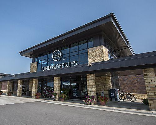 Lunds & Byerlys Forges a Path to Digital Success