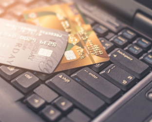 As retailers prepare to focus on sales during the holiday season, merchants, major credit card issuers and others in the retail industry are failing to keep up with critical security processes and security controls needed to protect shoppers.